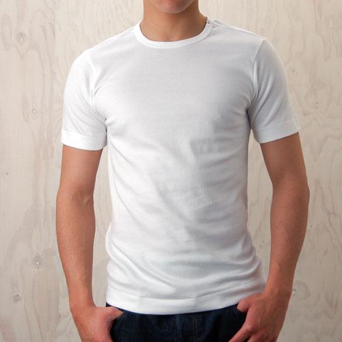丸首tシャツ