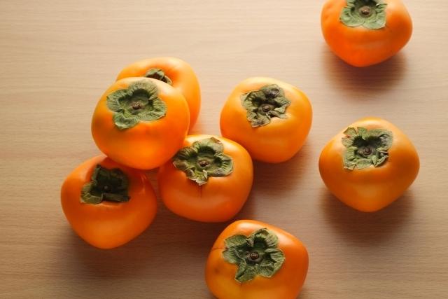 旬の柿のイメージ